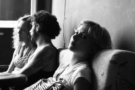 vinil-5-sofa-meninablog